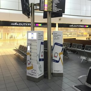 Airport Lock and Leave mobile phone charging