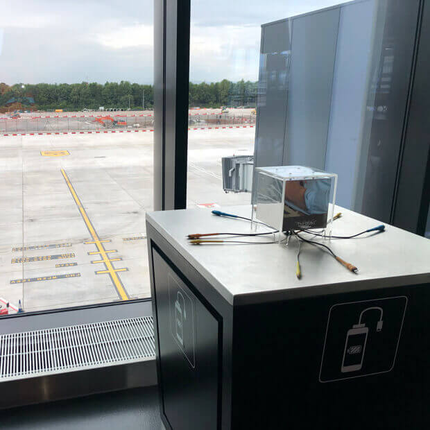 The Qube table-top charging at Manchester airport
